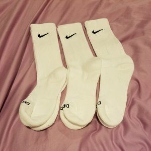 Brand New Nike Crew Socks Women's 6-8